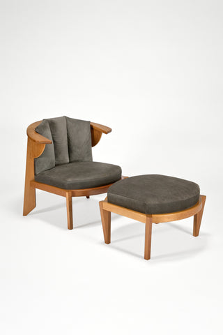 Friedman Chair and Ottoman <br />by Frank Lloyd Wright