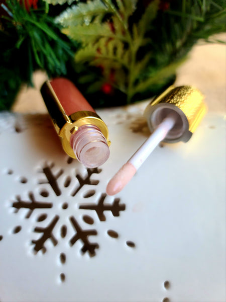 beige fancy lip butter