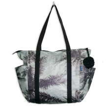 Load image into Gallery viewer, Wanderlust Zipper Tote Bag