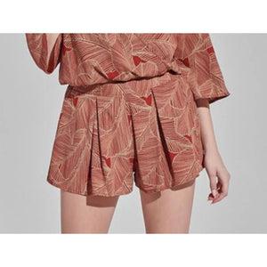 RUST LEAF PRINT SHORTS