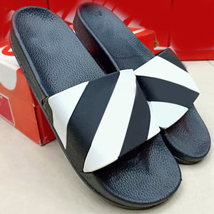 New Simple Flip Flops For Mens Black and White | 24HOURS.PK