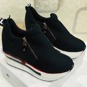 New Arrival Ladies Zipper Sneakers Black & White