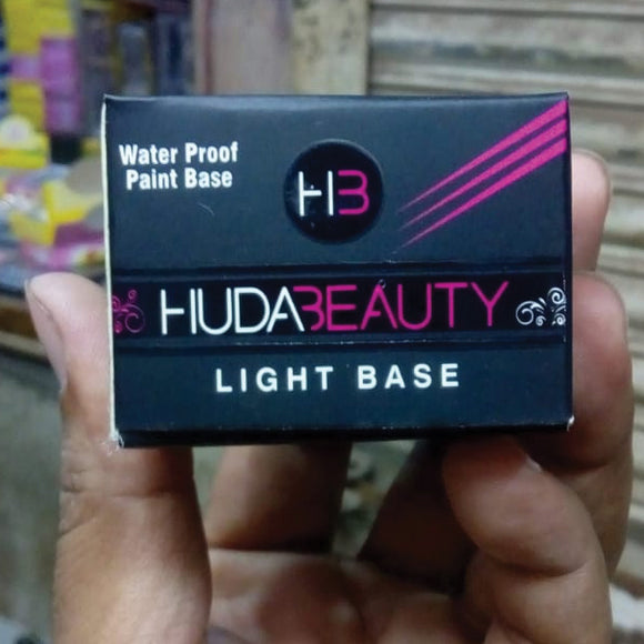 Huda Beauty Waterproof Paint Light Base