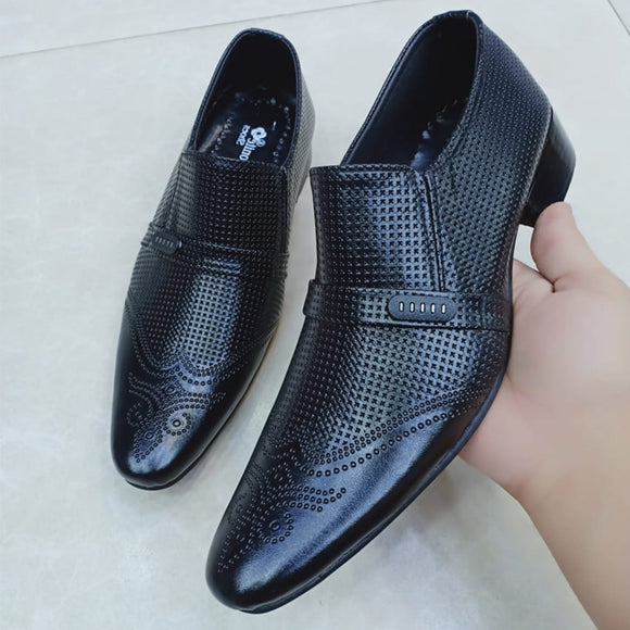 Creative Type Shoes For Mens Black | 24HOURS.PK