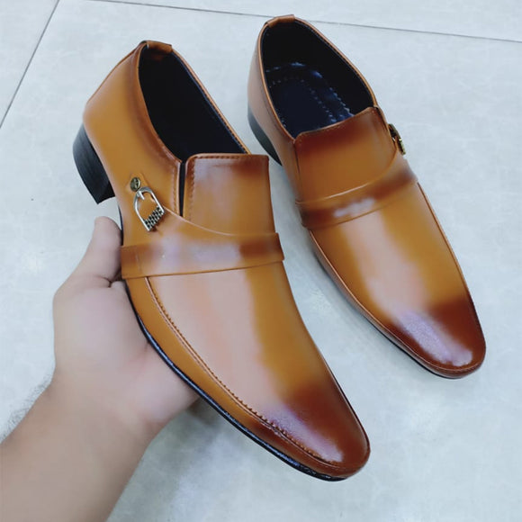 Flat Shoes For Mens Brown Simple Design | 24HOURS.PK