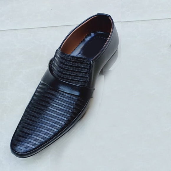 Office Shoes For Mens Lines Design Black | 24HOURS.PK
