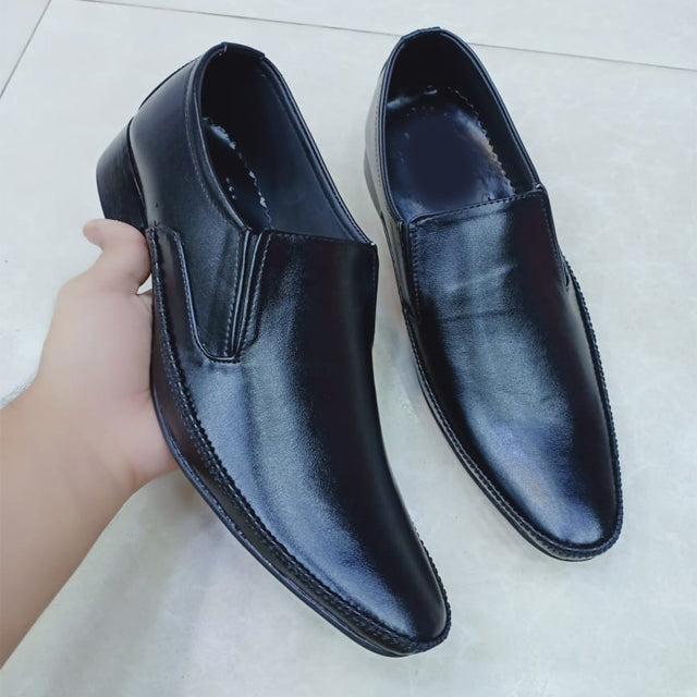 Flat Shoes For Mens Black Simple Design | 24HOURS.PK