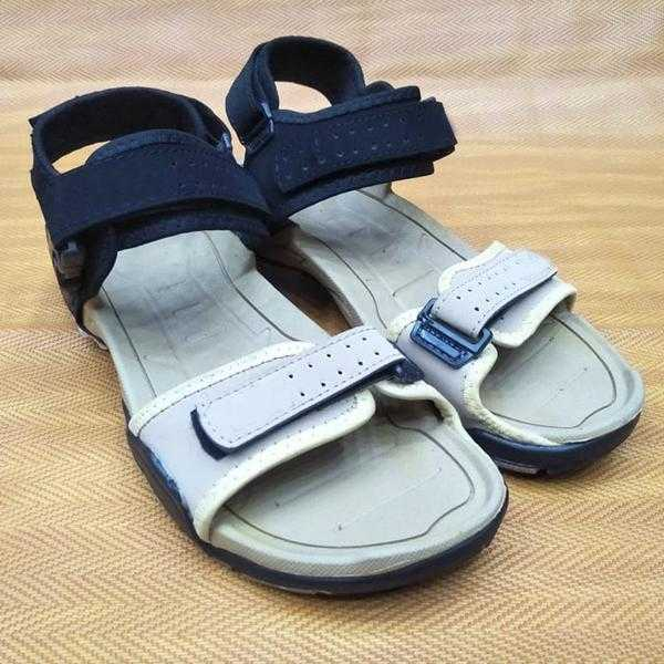 New Simple Style Sandals For Mens Random Color | 24hours.pk