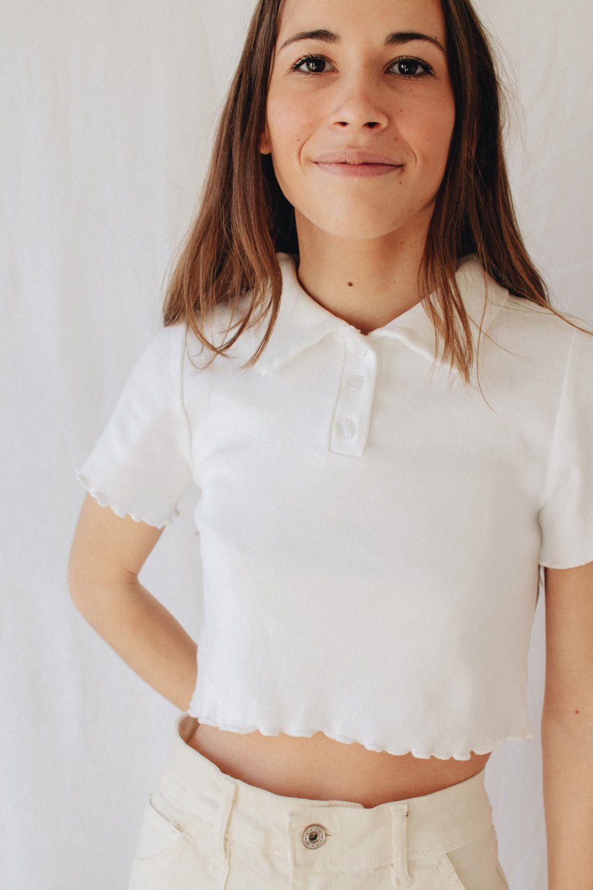 Polo cropped blanco