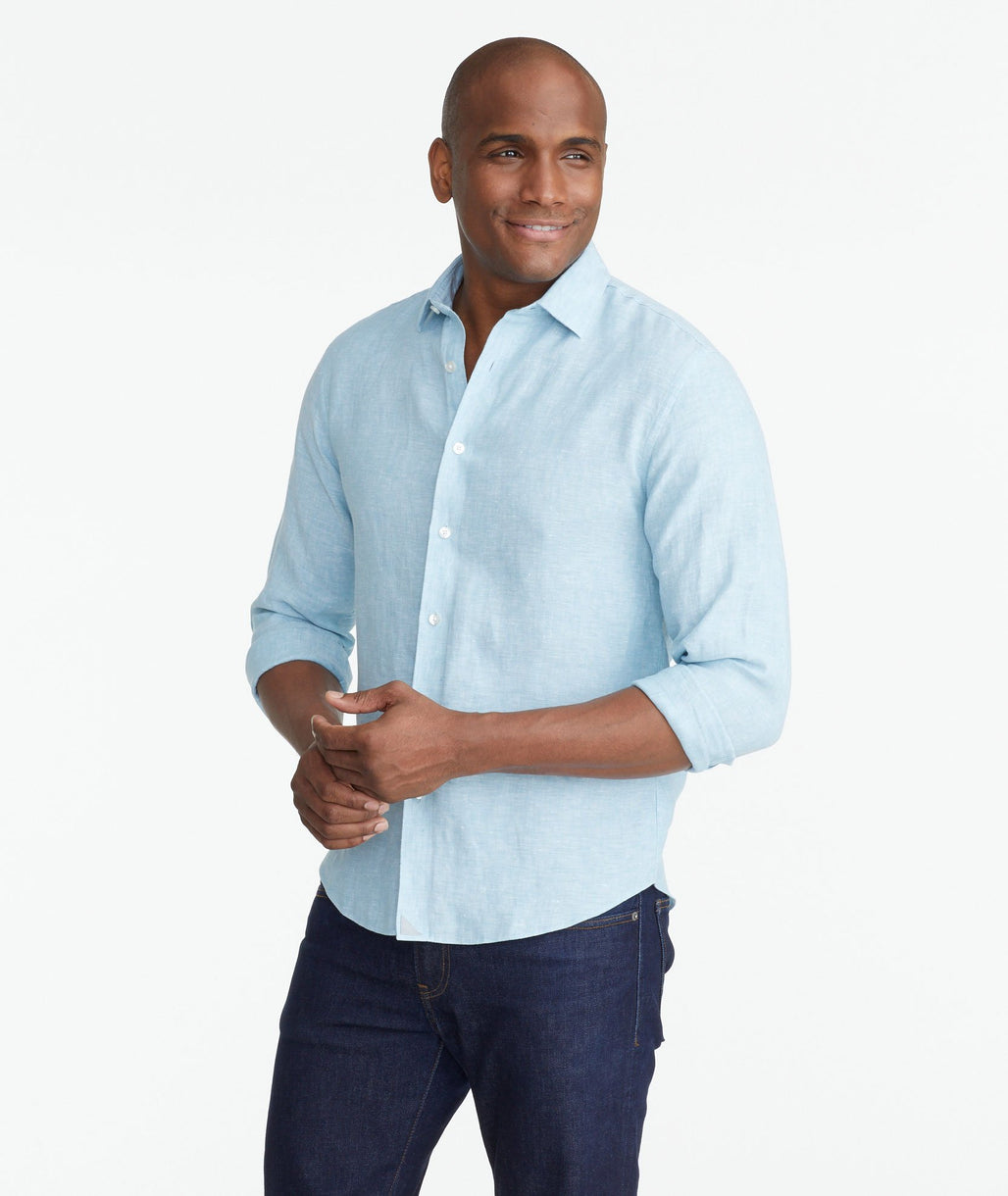 Model wearing a Bright Blue Wrinkle-Resistant Linen Franconia Shirt