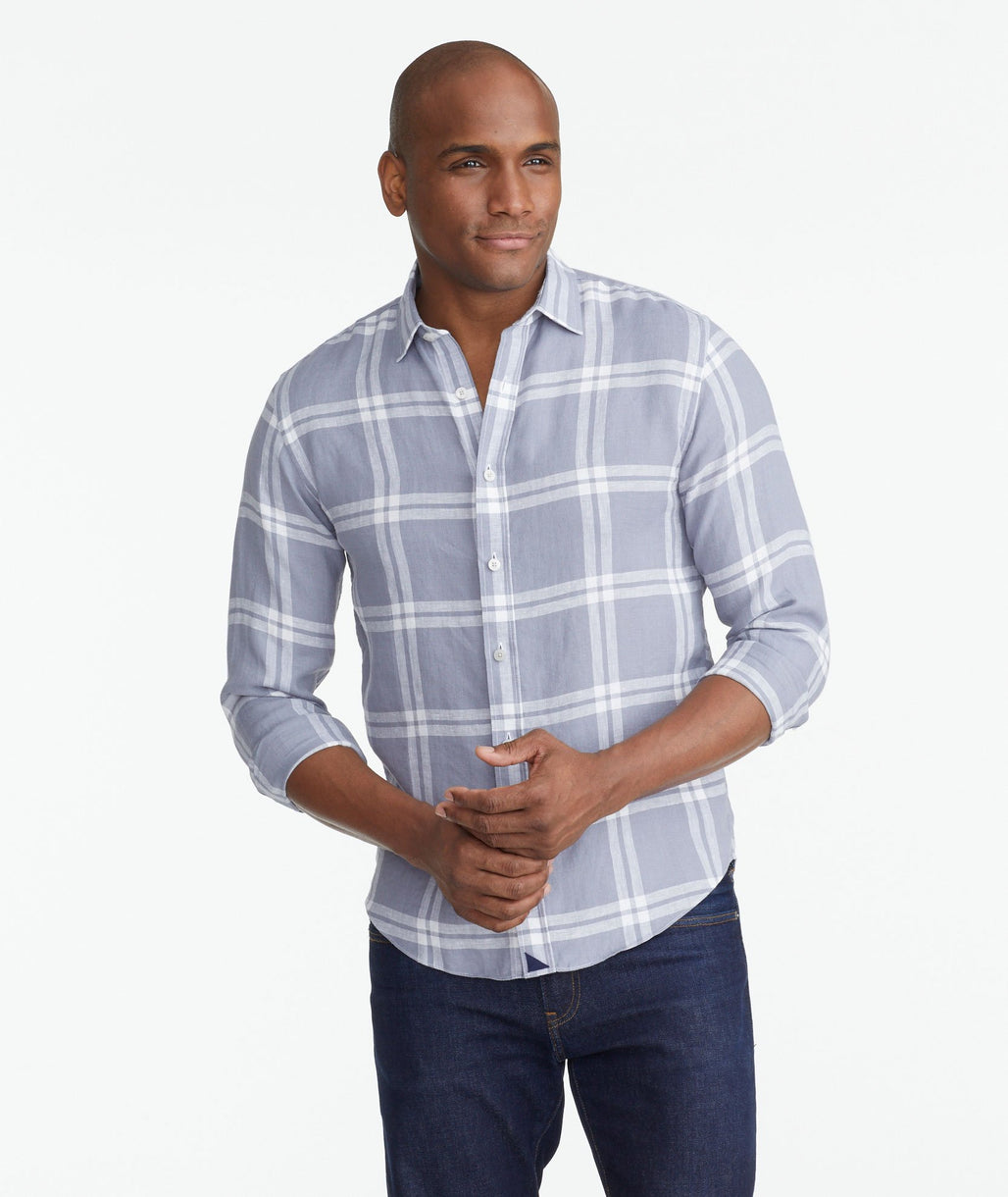 Model wearing a Dark Grey Wrinkle-Resistant Linen Ovada Shirt