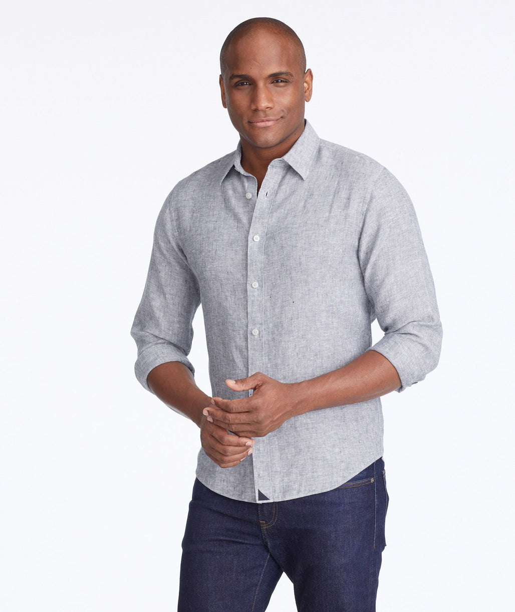 Model wearing a Grey Wrinkle-Resistant Linen Strausse Shirt