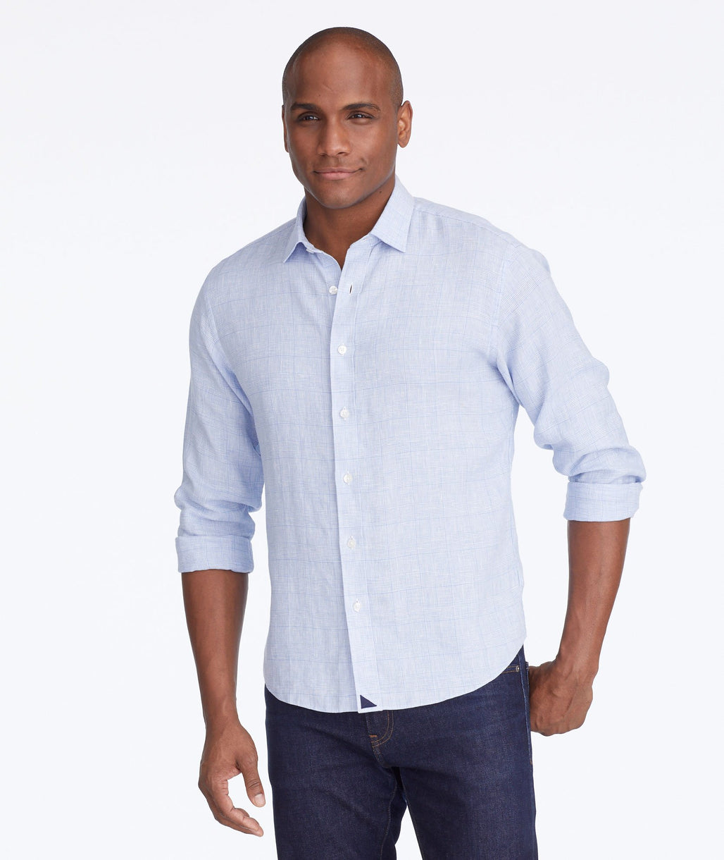 Model wearing a Blue Wrinkle-Resistant Linen Torontel Shirt