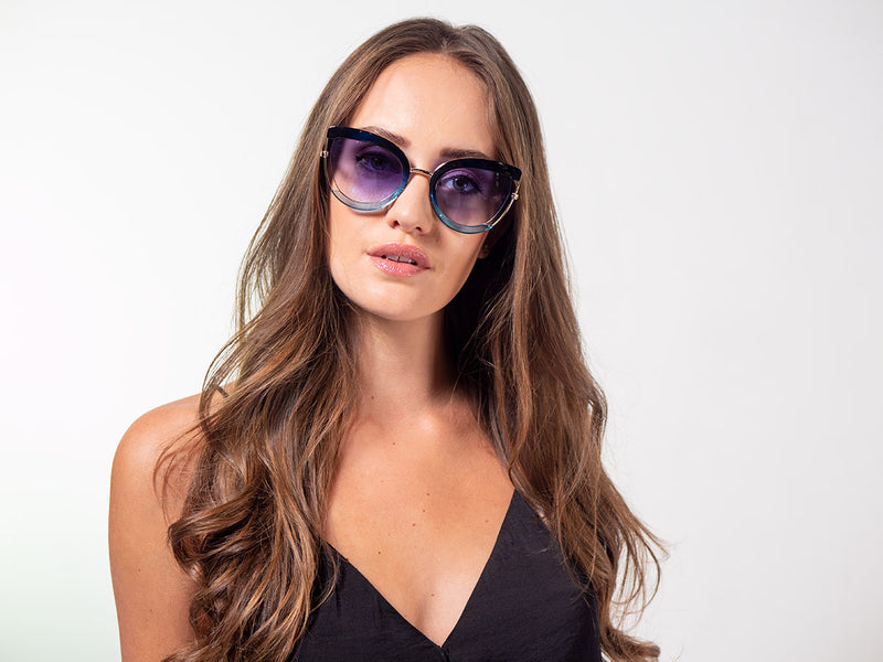 Funky, Two-Tone, Oversized Sunglasses
