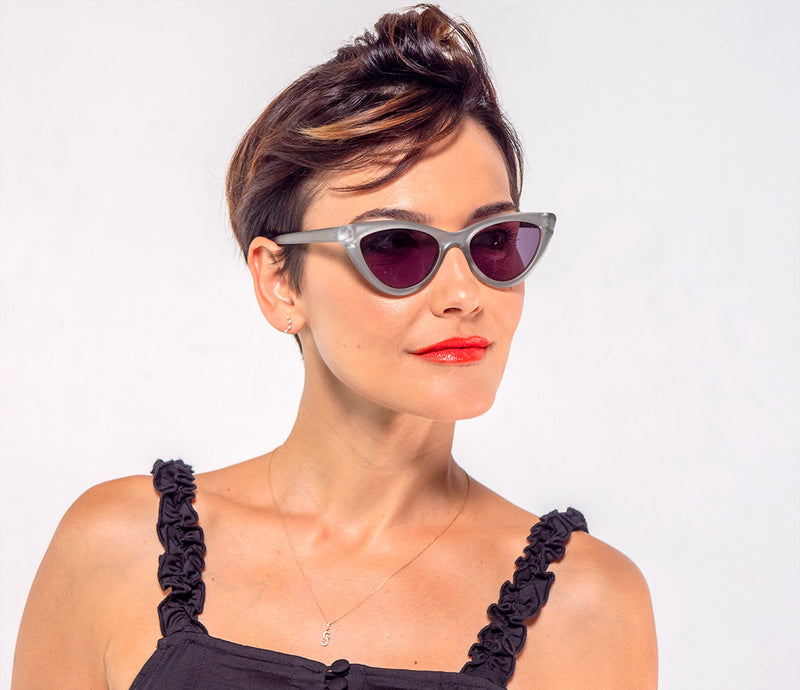 Sunglass Readers in a Vintage, Cat Eye Frame for Women