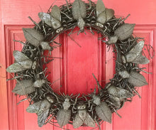 Load image into Gallery viewer, Bunch O' Bugs Insect Wreath