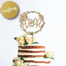Load image into Gallery viewer, Personalized Wreath Cake Topper