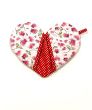 Load image into Gallery viewer, Pick any pair of; Quilted potholders; heart-shaped potholders; Heart-shaped mitt; Oven Mitt; Hostess Gift; Red Roses potholders