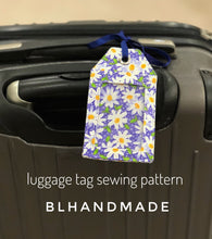 Load image into Gallery viewer, Luggage Name Tag PDF Sewing Pattern, Instant PDF Sewing Pattern Download; Simple sewing pattern
