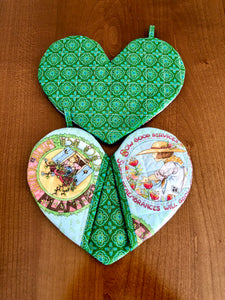 heart shape potholders; quilted potholders; Cotton potholders;heart-shaped mitt; heart shape mitt; heart-shaped potholders; quilted potholders; Cotton potholders