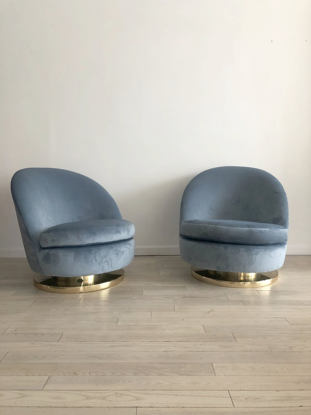 Miraculous 1970S Blue Velvet Swivel Rocking Milo Baughman For Thayer Coggin Slipper Chair Creativecarmelina Interior Chair Design Creativecarmelinacom