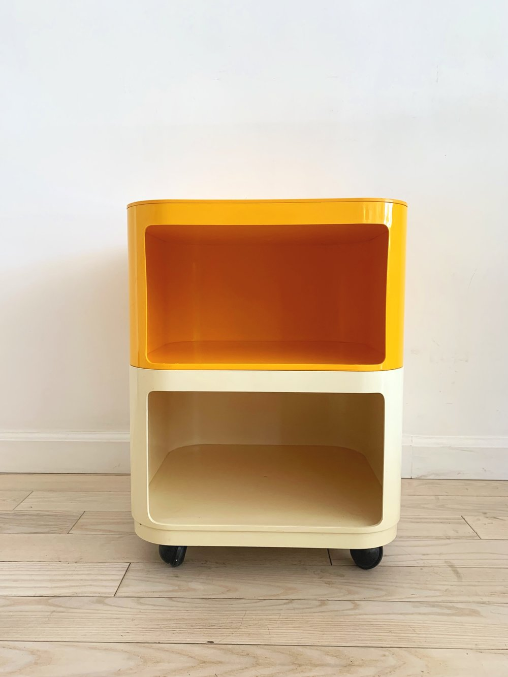 1970s Two-Tone Cart by Anna Castelli for Kartell