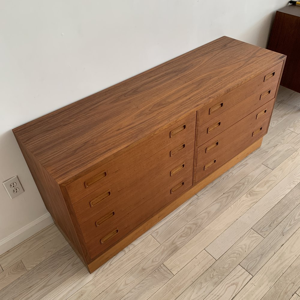 1968 Carlo Jensen for Hundevad & Co. Walnut Danish Credenza