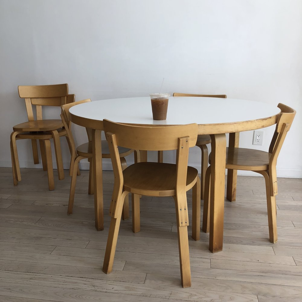 Vintage Alvar Aalto Dining Table + 6 Dining Chairs -Set