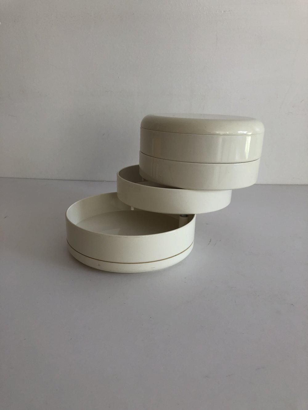 1970s White Plastic InterDesign Swivel Jewelry Box Organizer