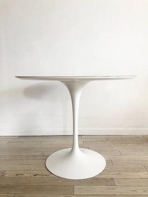 "1966 Knoll Eero Saarinen White 36"" Round Tulip Dining Table-Refurbished"