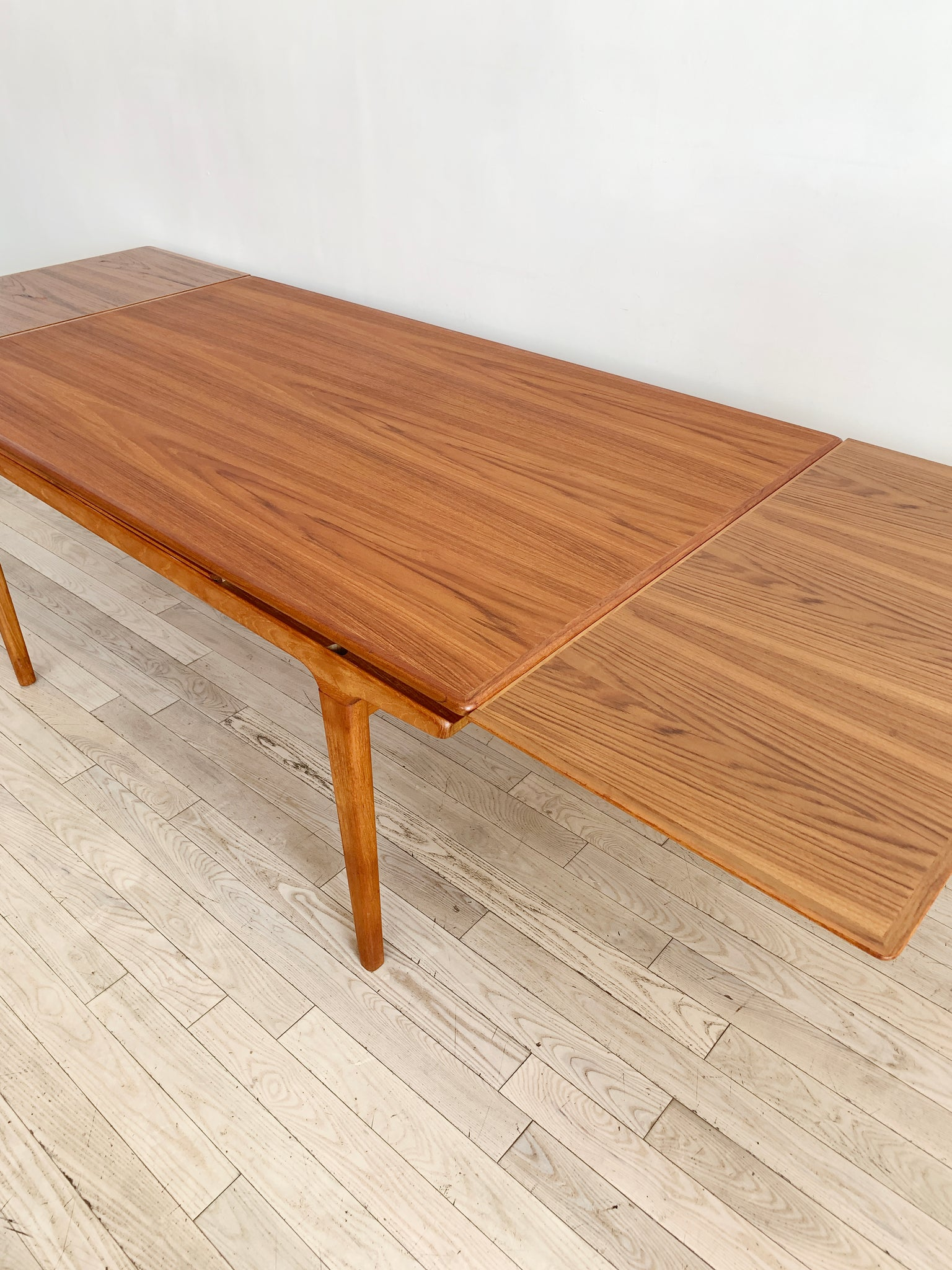 Mid Century Teak Expandable Dining Table by Johannes Andersen