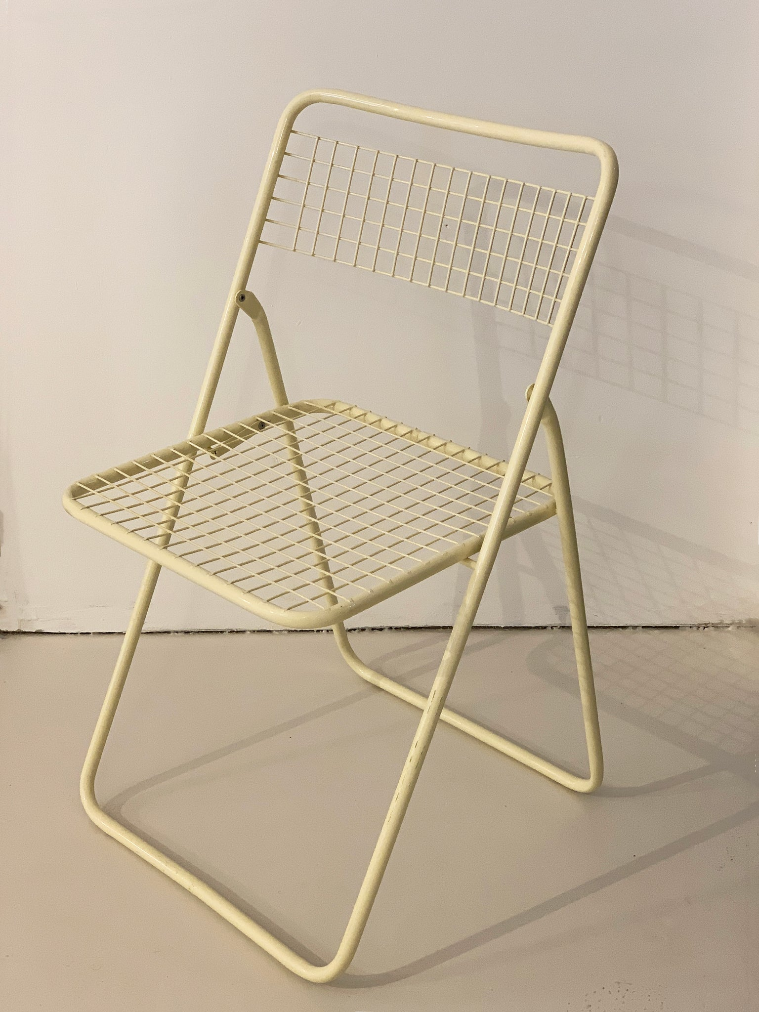 1979 Niels Gammelgaard Ted Net Cream Metal Grid Folding Chairs