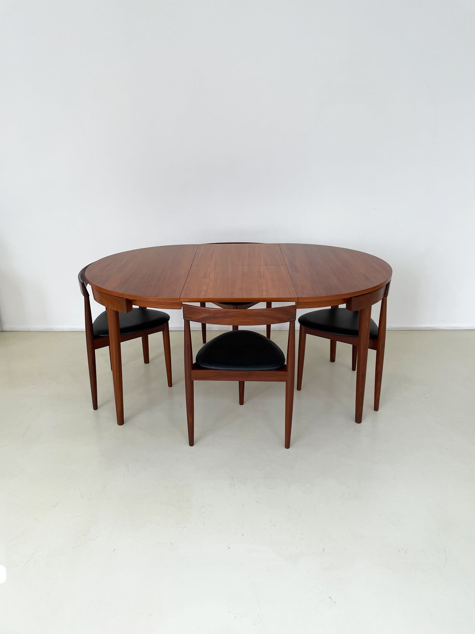 "1960s ""Roundette"" Teak Dining Table w/4 Chairs by Hans Olsen for Frem Røjle"