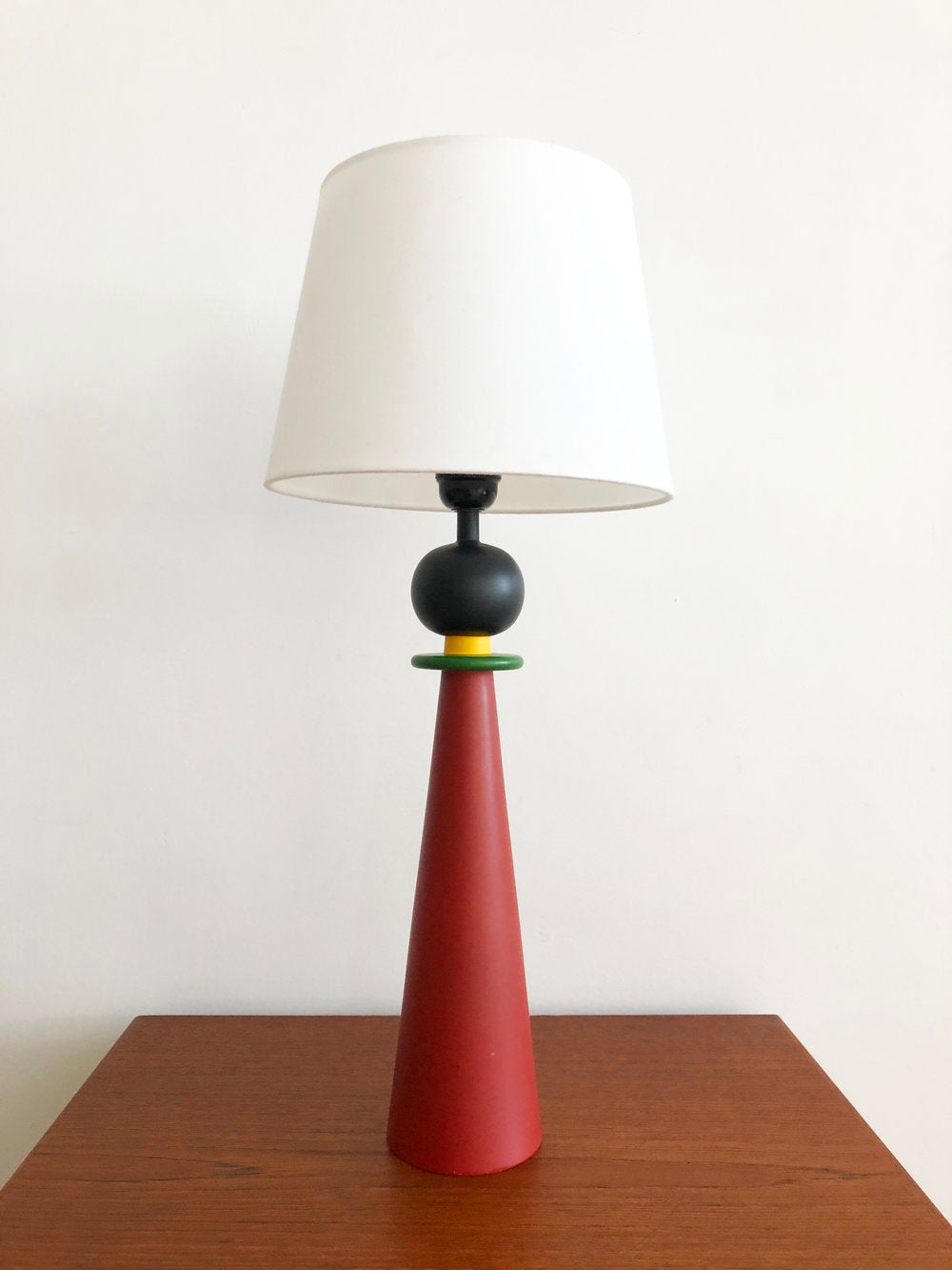 1980s French Wooden Memphis Table Lamp