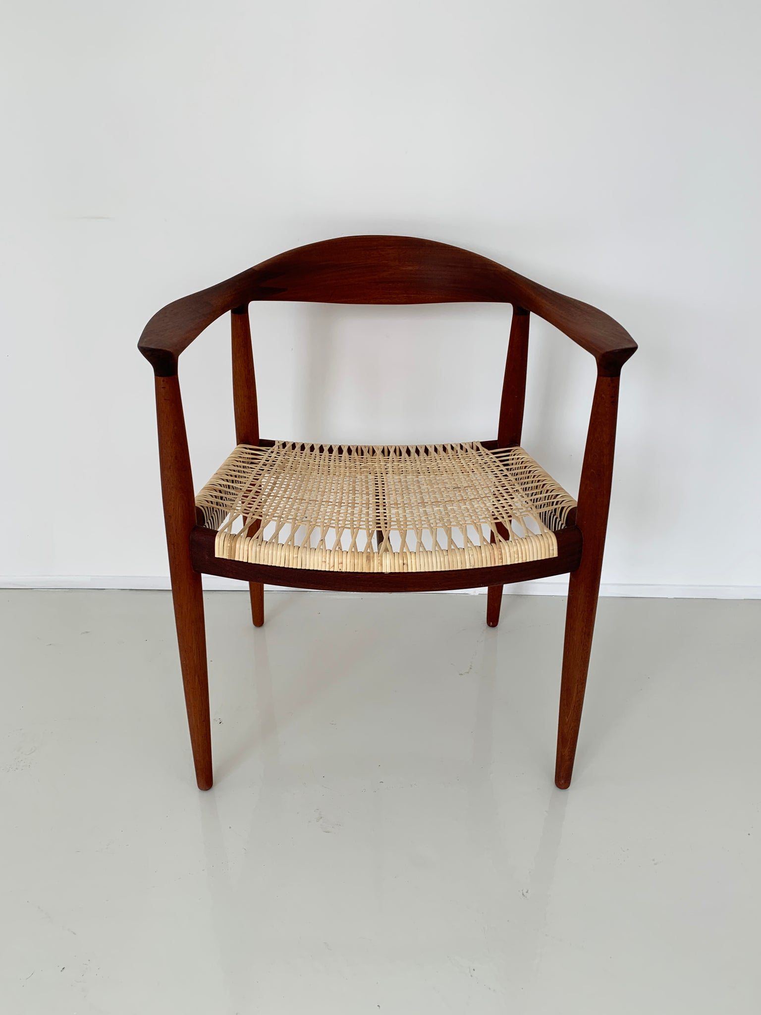 Hans Wegner Round Chairs, PP 501 by PP Mobler