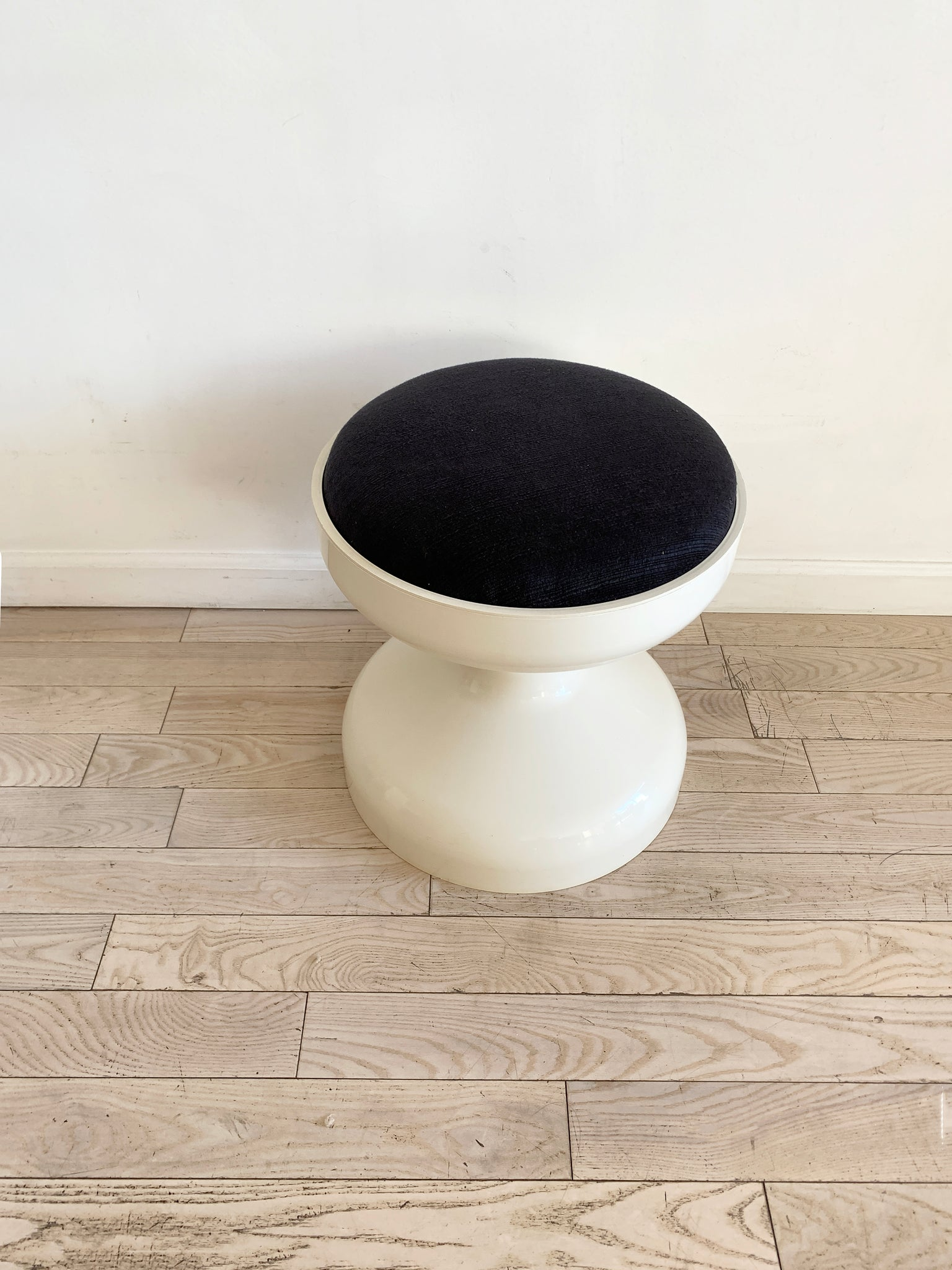 "1960s White ABS Plastic ""Rocchetto"" Stool by Kartell"