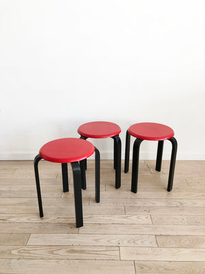 Incredible Set Of 3 Vintage Red And Black Stacking Stools Set Home Ncnpc Chair Design For Home Ncnpcorg