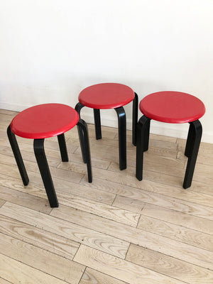 Stupendous Set Of 3 Vintage Red And Black Stacking Stools Set Home Ncnpc Chair Design For Home Ncnpcorg