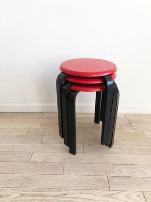Awesome Set Of 3 Vintage Red And Black Stacking Stools Set Home Ncnpc Chair Design For Home Ncnpcorg