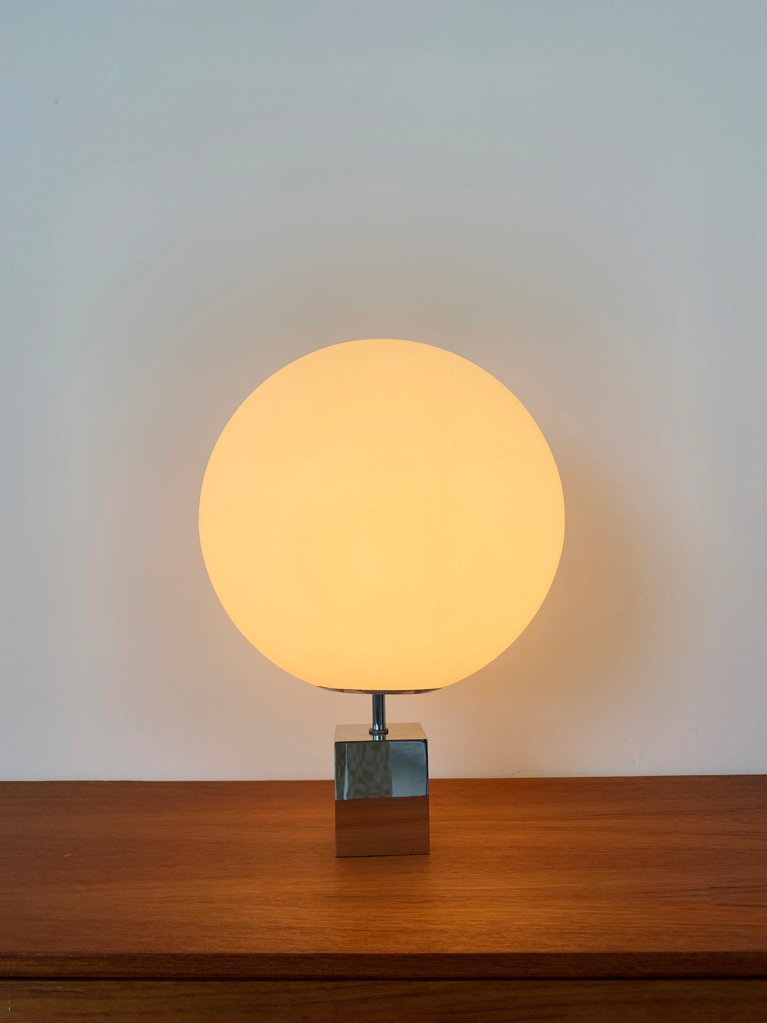 Mid Century Large Orb Lollipop Robert Sonneman Table Lamp