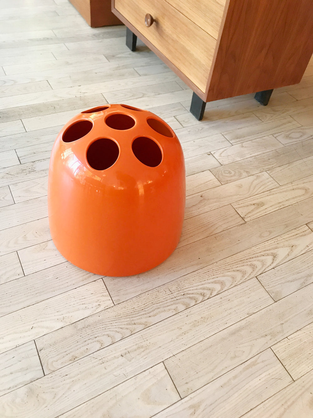1966 Dedalo Orange Plastic Umbrella Stand by Emma Gismondi for Artemide