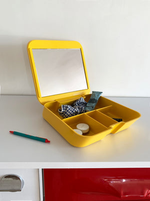 1970s Makio Hasuike for Gedy Yellow Plastic Vanity, Itlay