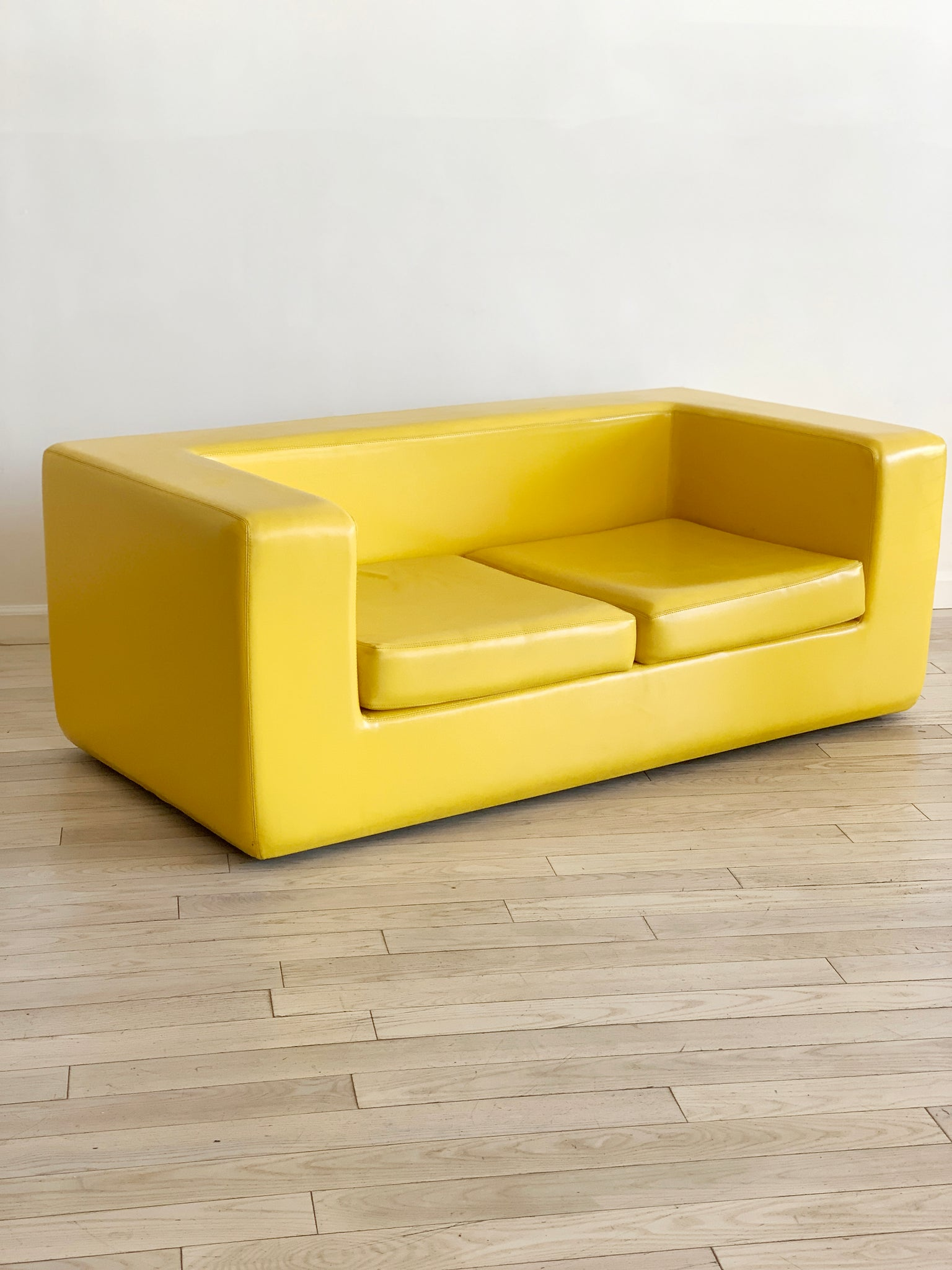 "Italian ""Throwaway"" Sofa by Willie Landels for Zanotta, 1960s for ICF"