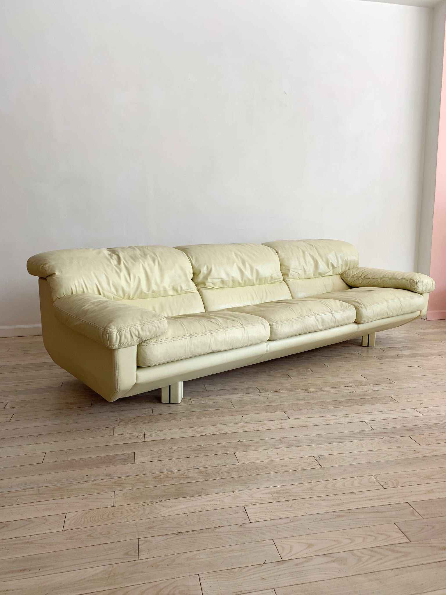 Enjoyable 1980S Italian Cream Leather Sofas By Marco Zani Home Union Nyc Download Free Architecture Designs Scobabritishbridgeorg