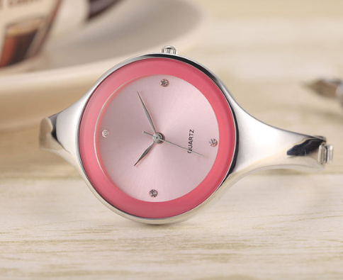 Watches: Ladies Pink / S Round Bracelet Watch