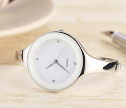 Watches: Ladies White / S Round Bracelet Watch
