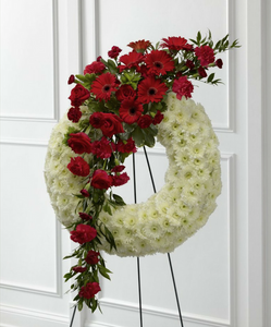 Wreath (Red & White)