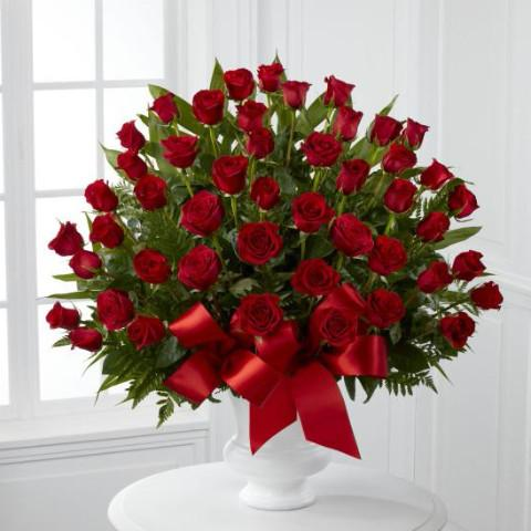 Arrangement (Red)