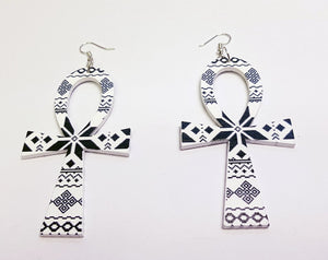 Ankh shaped wooden African Earrings with Print - Black / White