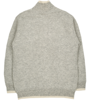 #Light Grey l Off White